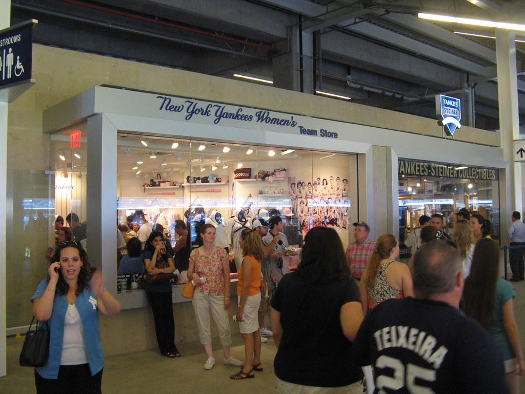 huge selection of 969c5 c2518 Yankee Stadium, 08/11/09: