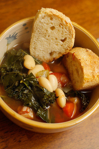 tuscan bean stew | by wingerz
