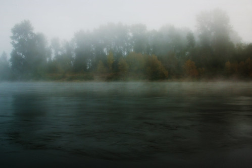 autumn mist fog oregon sunrise river landing middle willamette luckiamute chris10eyck luckiamutelanding