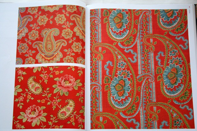 Russian Textiles Printed Cloth for the Bazaars of Central Asia