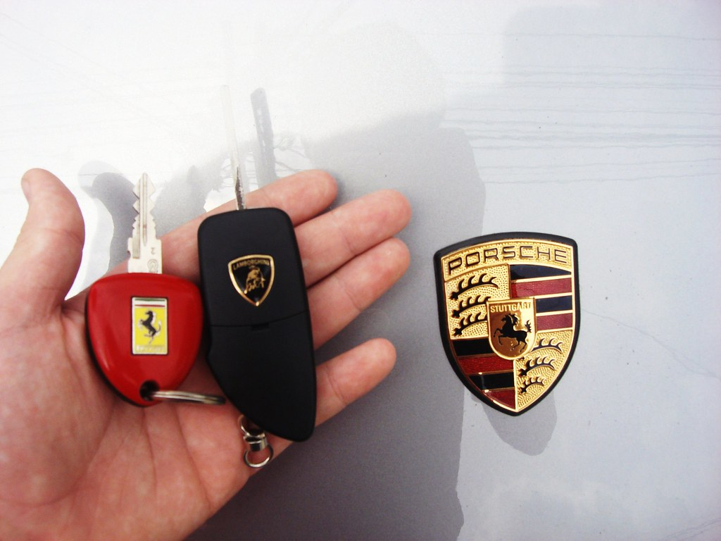 Holding The Key Of A Ferrari F430 And The Lamborghini Gall Flickr