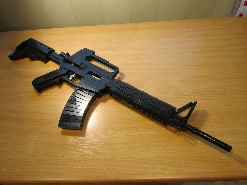 Colt M4 Carbine | This is a ccol view too and the table is c… | Flickr