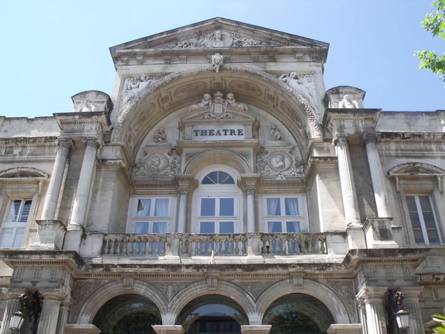 Avignon - Place de l'Horloge - Theatre