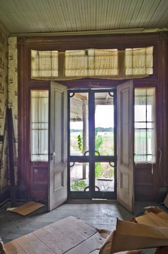 interior oakcity martinco swamplawn joneseveretthouse johnschwaller