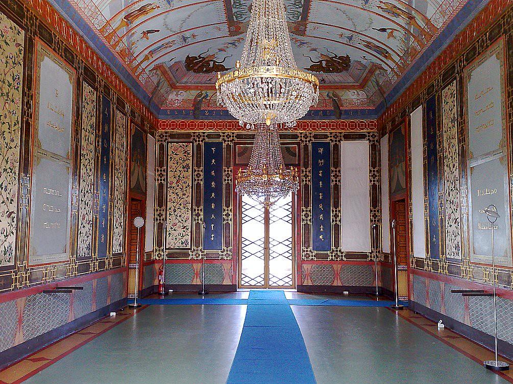 Palermo: Palazzina Cinese, particolare salone.