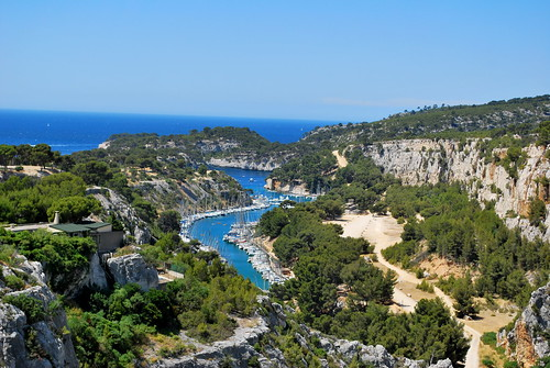 Calanque | by goingslowly