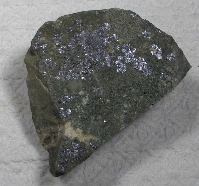 Molybdenite Rosettes