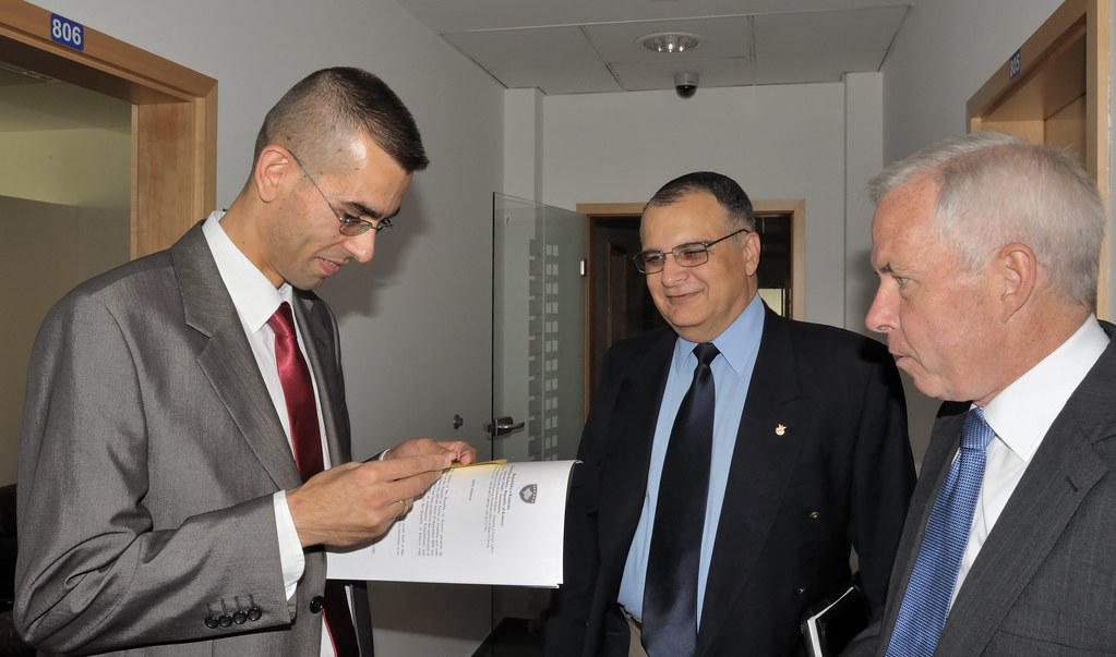 Observing protocol at the Ministry of Foreign Affairs, Pristina