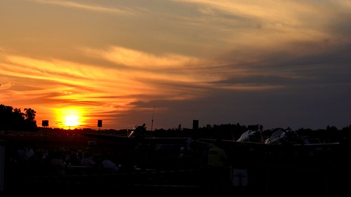 sunset warbirdramp