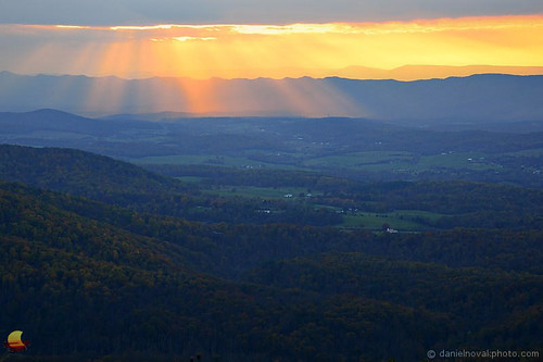 frontroyal virginia unitedstates va shenandoah valley sun beams rays clouds colors sunset landscape etbtsy outdoors skyline drive view distant distance photography wallart walldecor picture image photo warm fall autumn