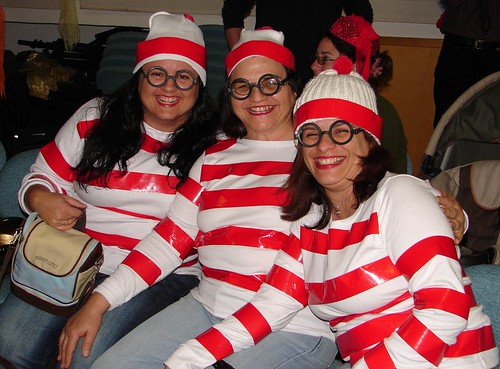 Mob of Wally (Waldo)