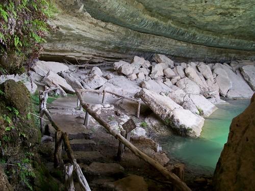 austin texas grotto hillcountry pedernalesriver swimminghole hamiltonpool traviscounty hamiltonpoolpreserve hamiltonpoolnaturepreserve mlhradio