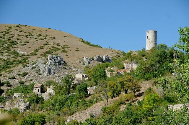 Gioia dei Marsi (AQ) - Gioia Vecchio, Torre di Sperone