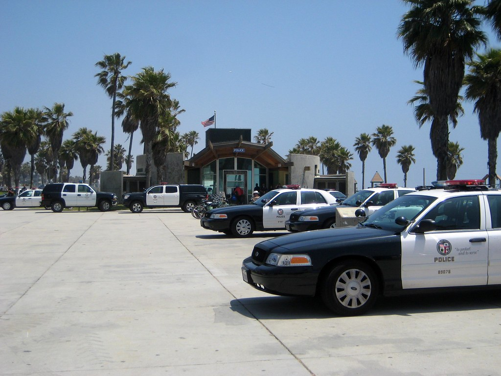 LAPD POLICE CARS VENICE BEACH CALIFORNIA MAY 22, 2011 010