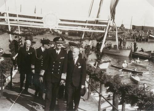 Kongebesøk 1945 / King Haakon visits Trondheim in August 1945