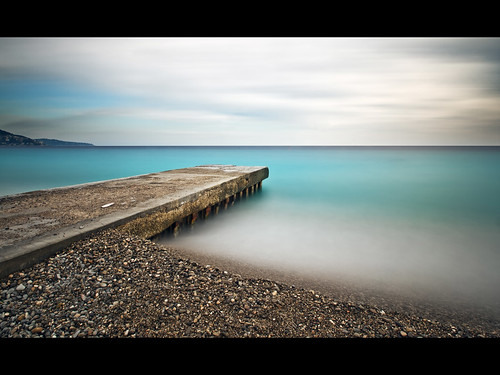 longexposure blue sky france beach water colors photoshop french nice long exposure riviera day cloudy couleurs des bleu filter promenade contraste cote zuiko mediterraneansea sud density neutral dazur anglais e510 mediterranée nd1000 nd110 jpmiss filtregrisneutre 918mm