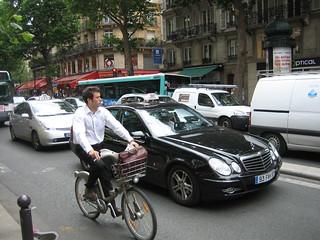Paris Velib Cyclist | by EURIST e.V.