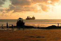 Hours of Maintenance on Kuta Beach   by egorick