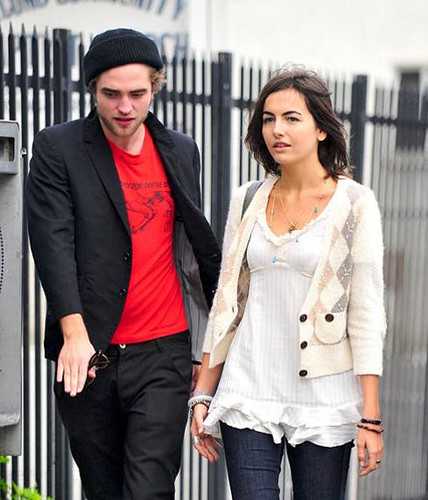 Wie is Camilla Belle dating 2013