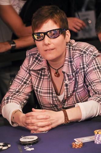 Download texas holdem poker 3 240x320.jar