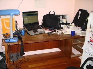 谁有这个级别的桌子的大小~?——5x3个15.4''的笔记本平铺桌面