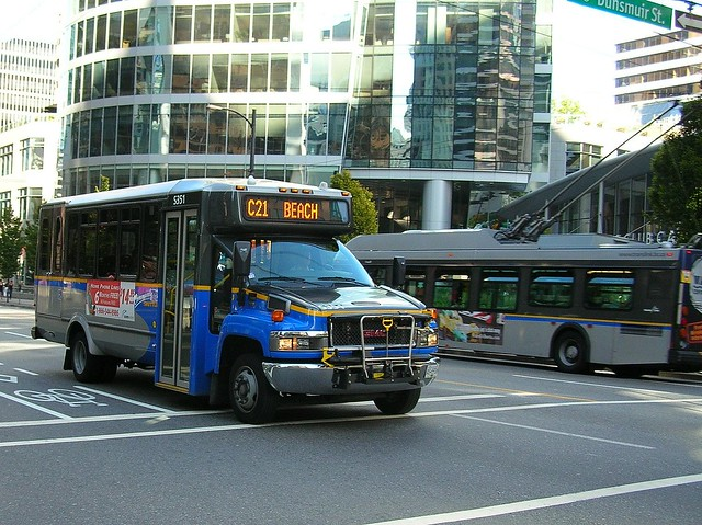 S351 on C21 Beach on Burrard at Dunsmuir