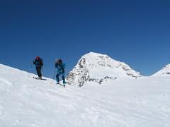 Sjezd ve výškách vyžaduje občasné vydýchání, spojené s kocháním horskou krásou.