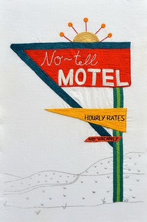No-tell Motel sign