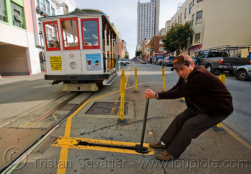 DSC05959 - Cable car switch - Powell Street (San Francisco) | by loupiote (Old Skool) pro