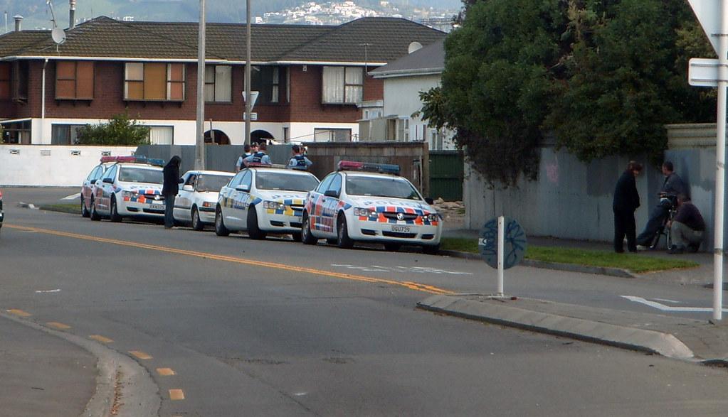 Police Raid Stanmore Road Address Today 15 09 09 Around