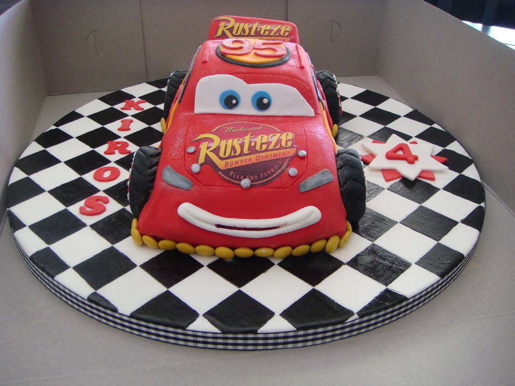 Sensational Lightning Mcqueen Birthday Cake Claire Cambitsis Flickr Funny Birthday Cards Online Fluifree Goldxyz