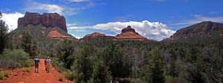 Panorama of hikers along Bell Rock Pathway | by Coconino National Forest