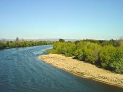 モンデゴ川