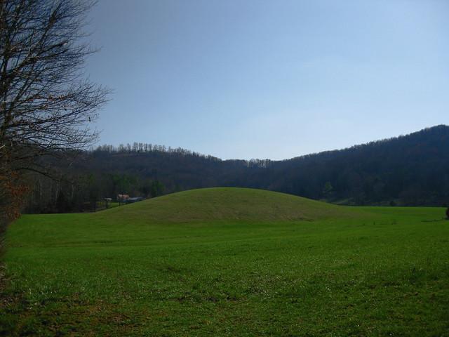 Strange Mound, Near Livingston Highway, Putnam Co, TN