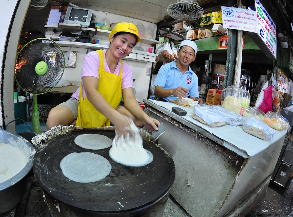She was explaining to me how she makes these Roti Saya Mai - fascinating to watch!