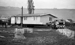 Moving house, Reefton, West Coast, New Zealand, 1976