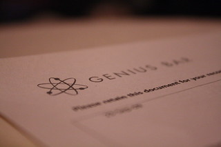 266/365 - genius bar | by jypsygen