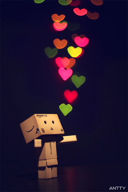 Spread The Love (Explore #01)