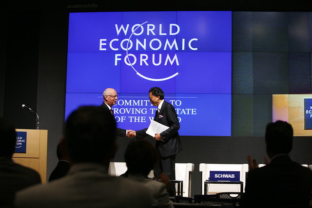 Klaus Schwab, Yukio Hatoyama - World Economic Forum Japan Meeting 2009