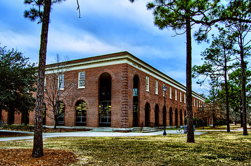 UNCW Randall Library | by analogophile