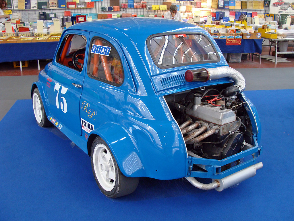 Fiat 500 Con Motore With Engine Renault Alpine Solo Per Co Flickr