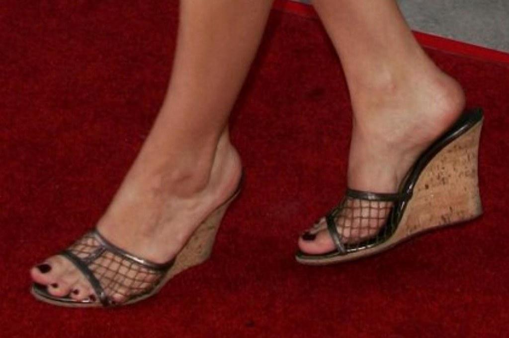 Feet eliza dushku Eliza Dushku