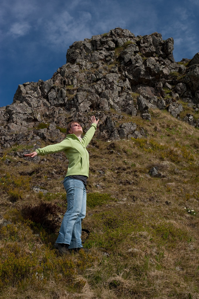 Iceland 2009   An acting like a fairy on the fairy queen's c…   Flickr