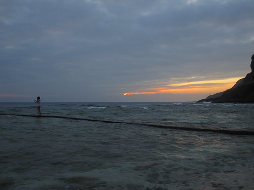 sunset girl taiwan greenisland planks solemn ilhaformosa chinesetaipei republicofchina chinesetaipeh