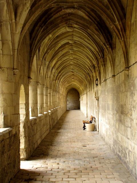 Villefranche-de-Rouergue: The great cloisters of Saint-Sauveur