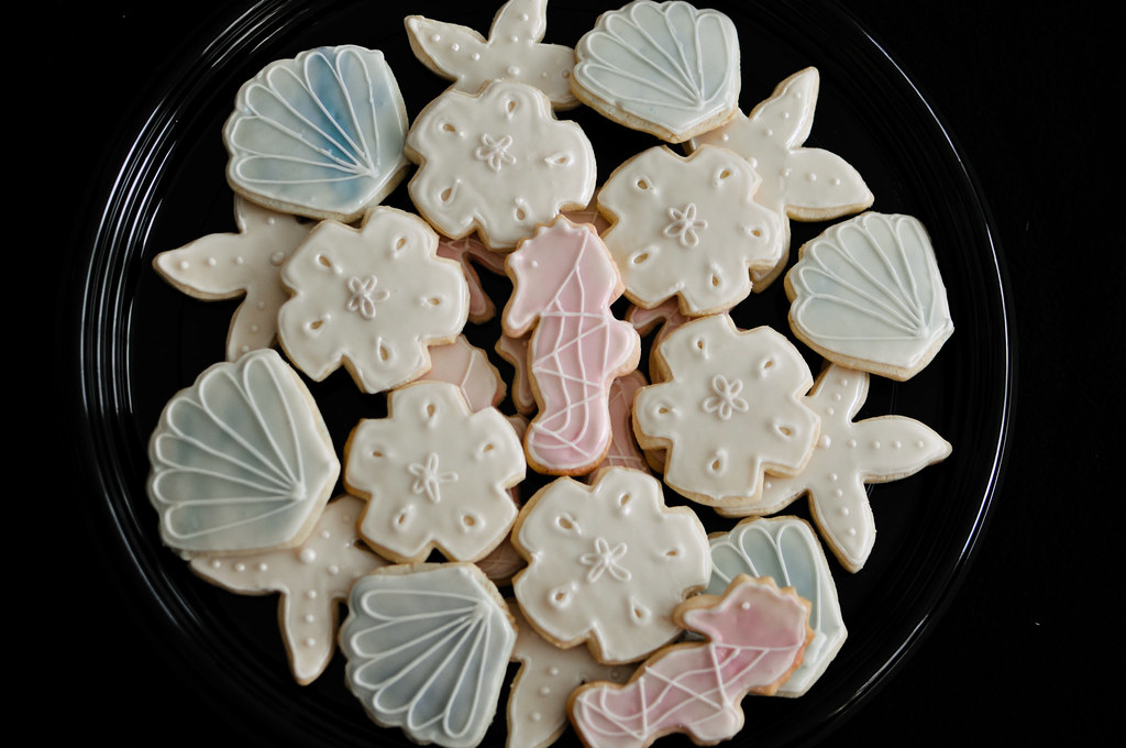Beach Themed Sugar Cookies I Hate Cookie Decorating Nee Flickr