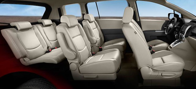 2010 Mazda5 Interior Second Row Seats Feature Arm Rests An Flickr