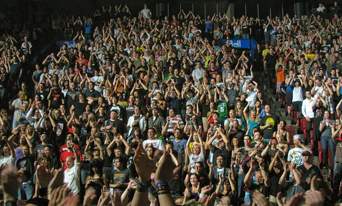 Green Day Concert Crowd - Put Your Hands Up For Green Day | by Anirudh Koul