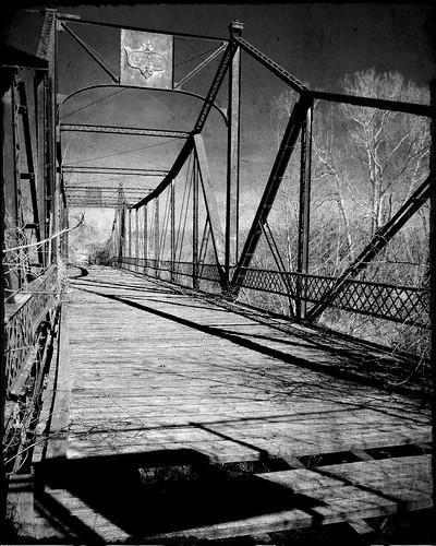 bridge bw texture puente kansas texturized osawatomie abandonedbridge asylumbridge