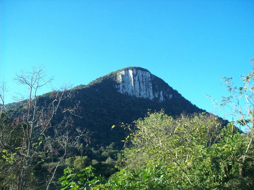 Cerro Branco Rio Grande do Sul fonte: live.staticflickr.com